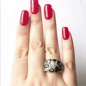 18K GE Vintage Star Black Crystal Band Ring